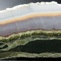Agate With Ankerite