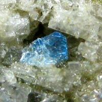 Haüyne With Sanidine & Opal Var Hyalite