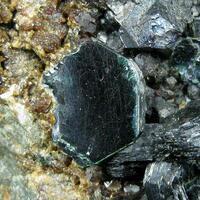 Clinochlore Hessonite & Magnetite