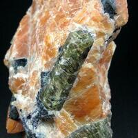 Fluorapatite & Fluorite In Calcite