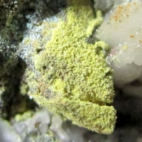 Tsumcorite Wulfenite & Dolomite On Tennantite