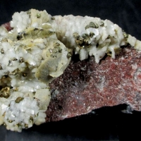 Chalcopyrite Siderite & Dolomite On Eisenkiesel