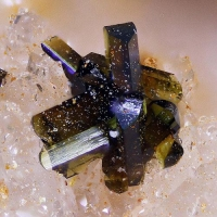 Olivenite With Beudantite