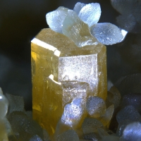 Mimetite & Smithsonite