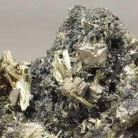 Hauchecornite & Millerite