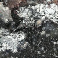 Weissbergite & Parapierrotite
