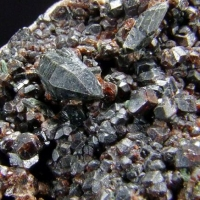 Allanite-(Ce) & Diopside On Grossular
