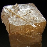 Bustamite & Apophyllite