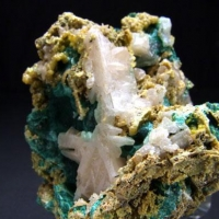Cerussite On Malachite & Pyromorphite