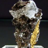 Cesàrolite