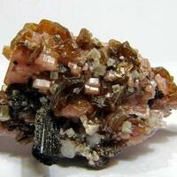 Sérandite Genthelvite Astrophyllite & Ancylite