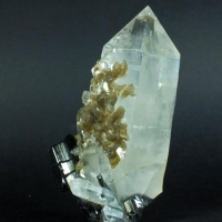 Wolframite & Muscovite On Quartz