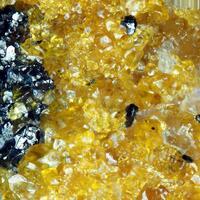 Oxyplumboroméite