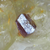 Clinobisvanite