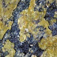 Ferripyrophyllite