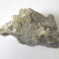 Ferrierite-Na & Calcite