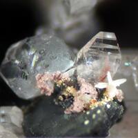 Aluminocerite-(Ce) Fluorite & Hingganite-(Y)