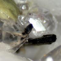 Allanite-(Ce) Fluorite & Muscovite