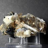 Eudidymite & Quartz