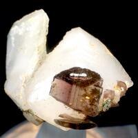 Axinite-(Fe) With Quartz