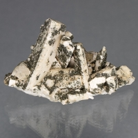 Pericline With Apatite