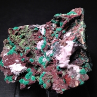 Cobaltoan Dolomite Malachite & Wulfenite