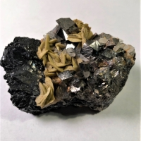 Siderite Arsenopyrite & Quartz On Sphalerite
