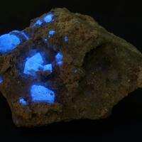 Scheelite On Fluorite