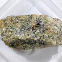 Leucophosphite