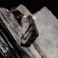 Arsenopyrite Ferberite & Fluorite