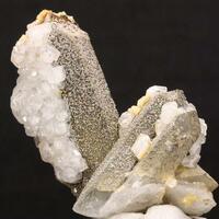 Quartz Dolomite & Apophyllite