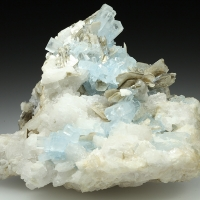 Beryl Var Aquamarine & Muscovite