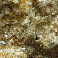 Pseudobrookite Hornblende & Sanidine