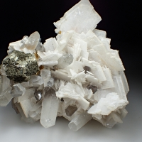 Baryte Quartz & Pyrite