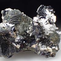 Pyrrhotite & Sphalerite & Quartz