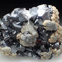 Arsenopyrite Sphalerite & Calcite