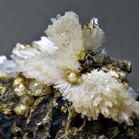 Natrolite & Analcime