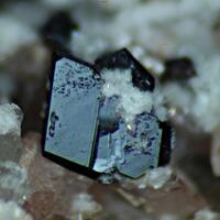 Leifite Willemite Sérandite Manganoneptunite & Sphalerite