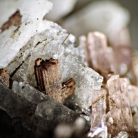 Sérandite Willemite Behoite & Fluorite