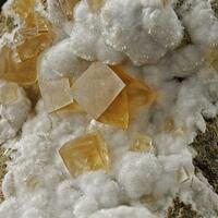 Calcite Phillipsite & Natrolite