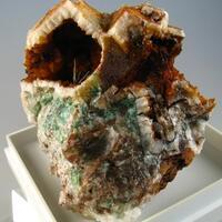Quartz Psm Fluorite & Olivenite