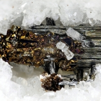 Seligmannite On Dufrénoysite