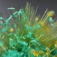 Brochantite Bariopharmacosiderite & Agardite-(Ce)