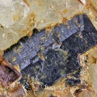 Bismutocolumbite
