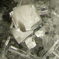 Bavenite & Pectolite