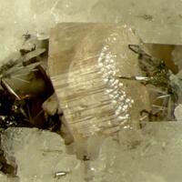 Narsarsukite & Petersenite-(Ce)