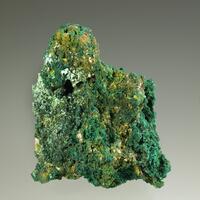 Beaverite-(Cu) With Brochantite