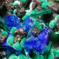 Linarite Brochantite & Malachite