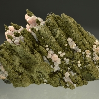 Calcite On Mottramite