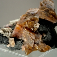 Manganoan Smithsonite On Tennantite